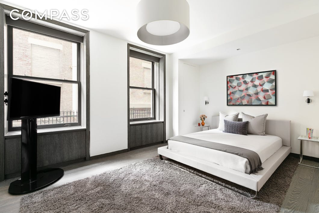 927 Fifth Avenue Upper East Side New York NY 10021